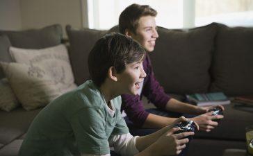 مشاركة ألعاب بلاي ستيشن 4 مع صديقك